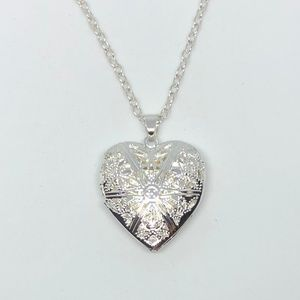 Open Designed Silver Heart Locket Necklace